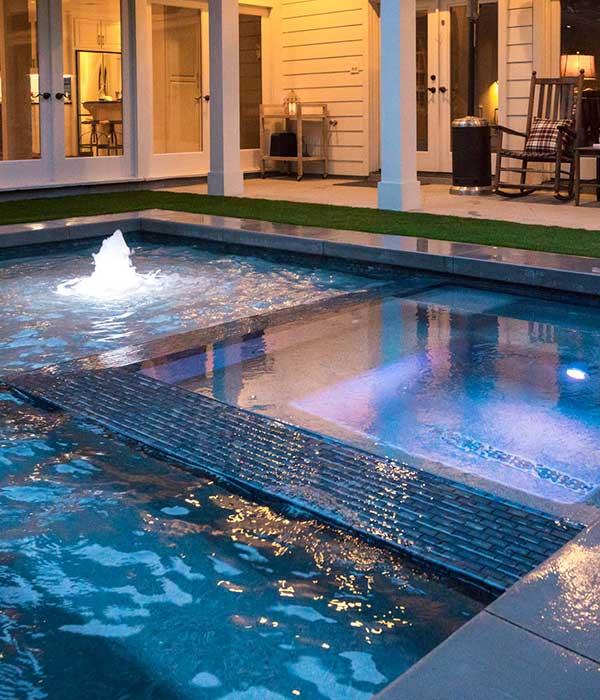 Houston-pool-builder -residential-custom-pool-Outdoor-Elements