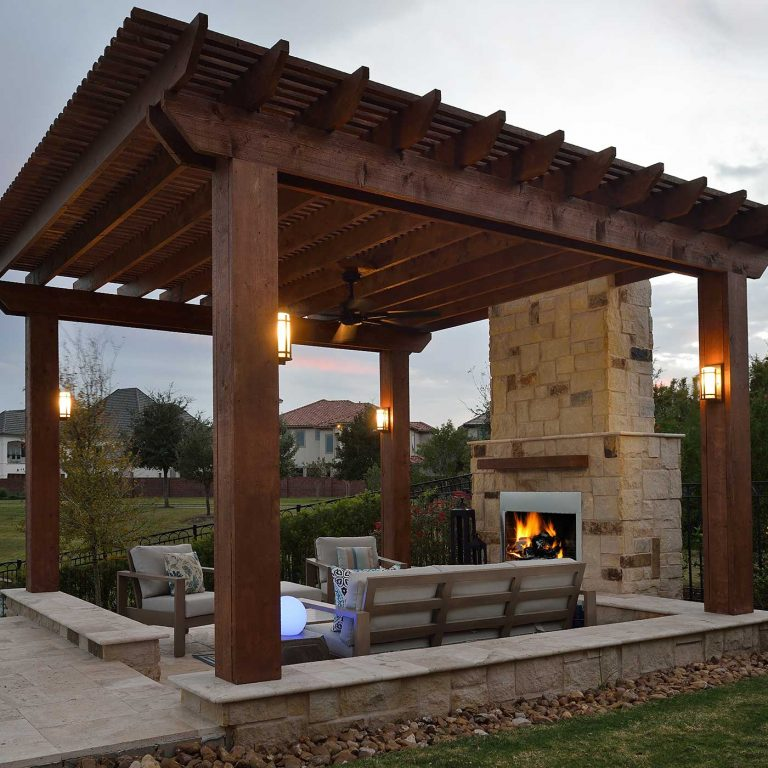 pergola-outdoor-living-space-fireplace-outdoor-elements-tx