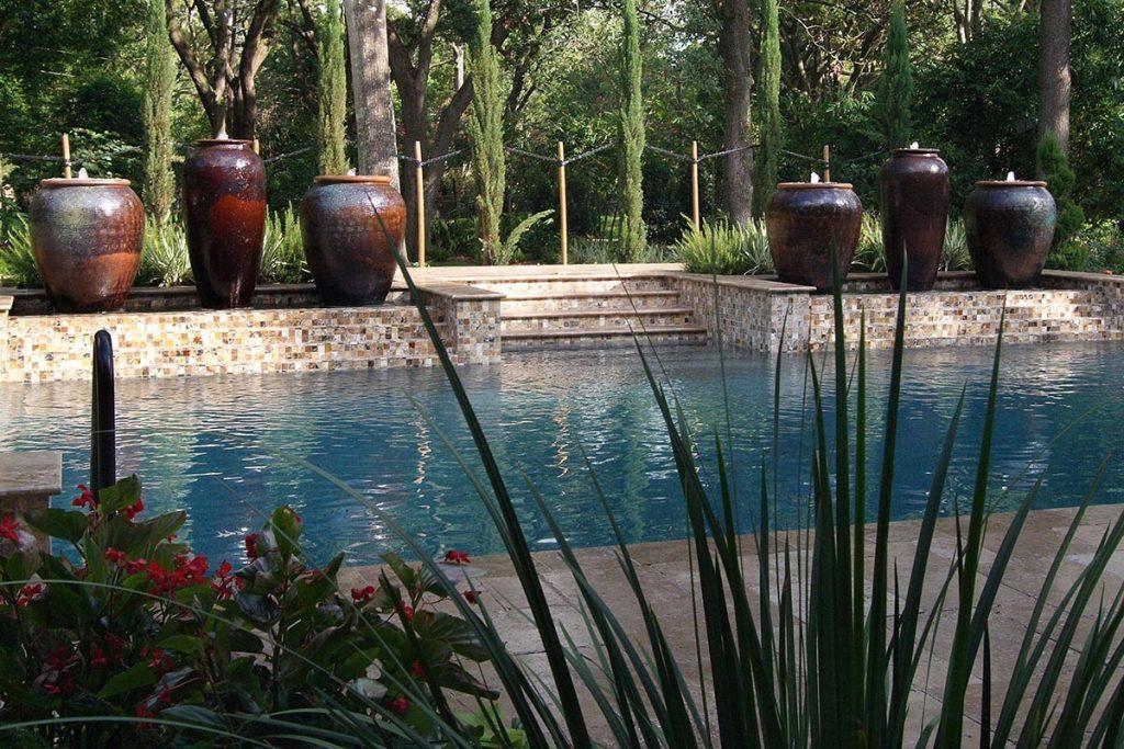 outdoor_elements_pots_pool_1200x800