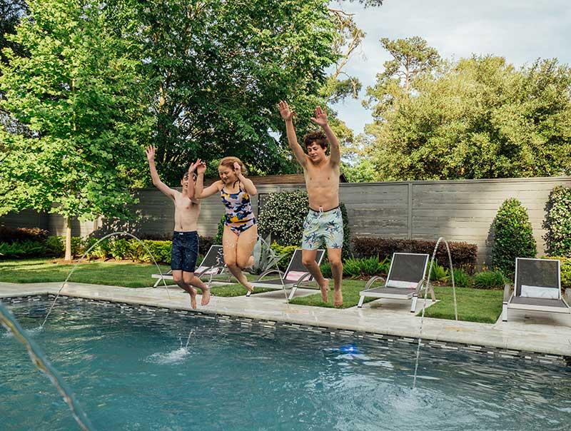outdoor_elements_residential_rectangular_pool_kids_3