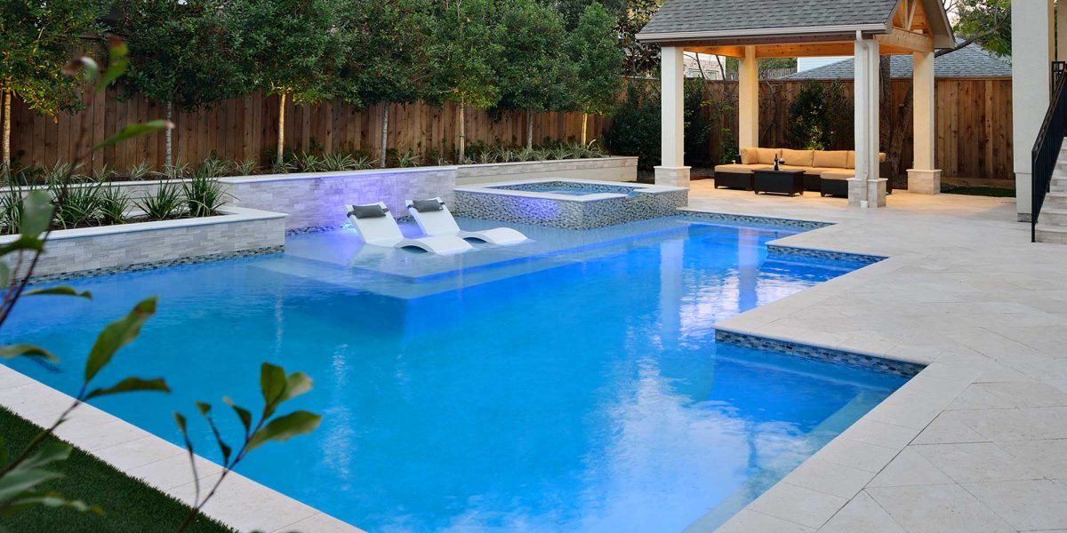 outdoor-elements-residential-pool-theriot